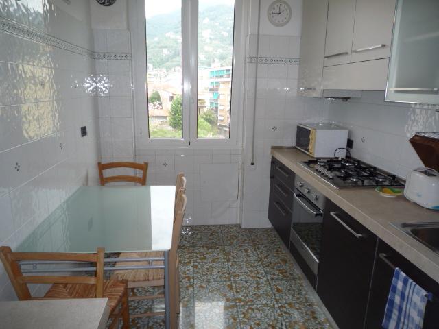 Rapallo - Appartamento Centrale Con 3 Camere 013