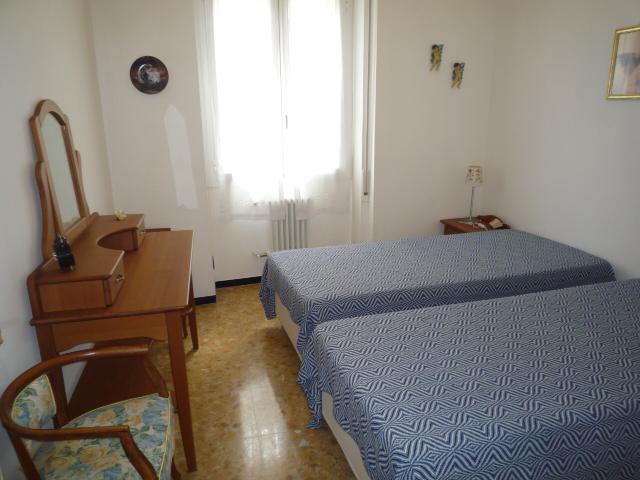 Rapallo - Appartamento Centrale Con 3 Camere 024