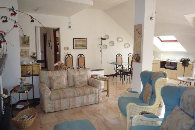rapallo-attico-vista-mare-con-3-camere-da-letto-010