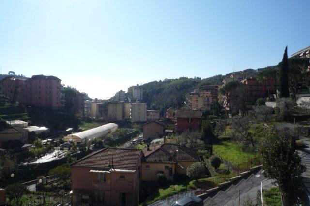 Rapallo - Appartamento Ristrutturato Con 2 Camere 002