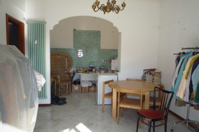 Rapallo - Appartamento Ristrutturato Con 2 Camere 017