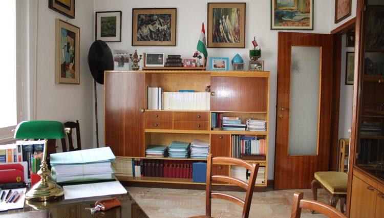 2 Camere Centrale - Soggiorno 3