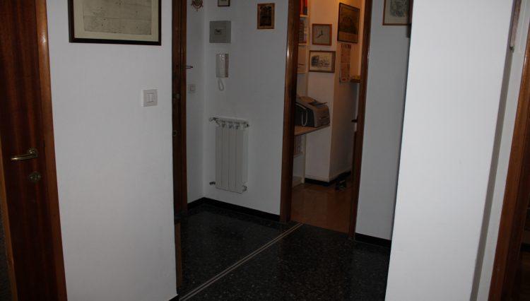 2 Camere Centrale - Ingresso 1