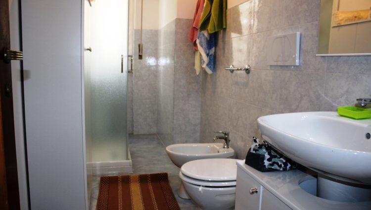 Rapallo - Vendesi Appartamento Centrale - Bagno 3