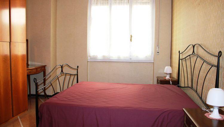 Rapallo - Vendesi Appartamento Centrale - Camera Matrimoniale 2