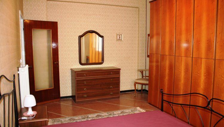 Rapallo - Vendesi Appartamento Centrale - Camera Matrimoniale 5