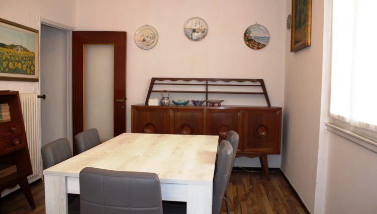 Rapallo - Vendesi Appartamento Centrale - Sala 5