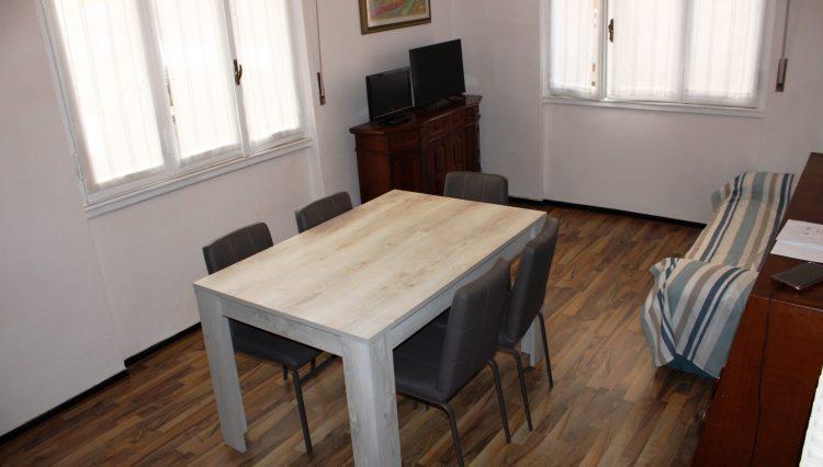 Rapallo - Vendesi Appartamento Centrale - Sala 9