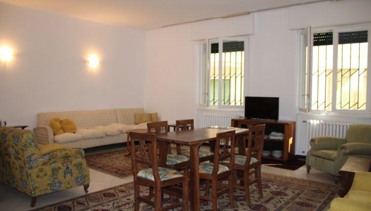 Appartamento Zona Porto - Salone 1