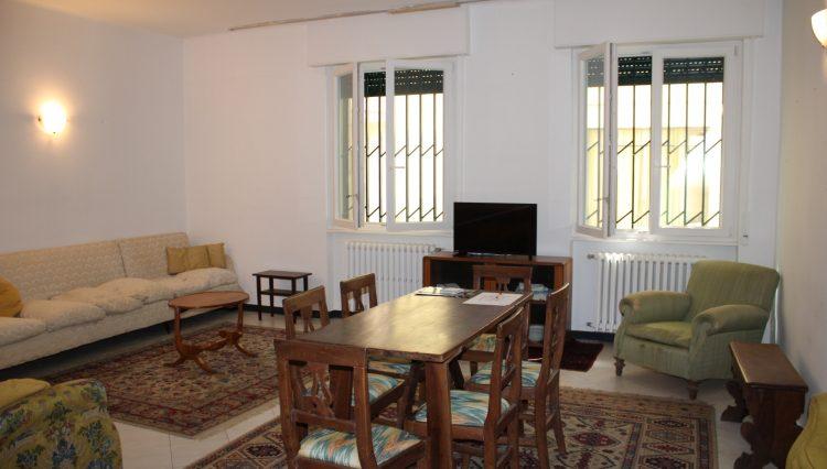 Appartamento Zona Porto - Salone 2