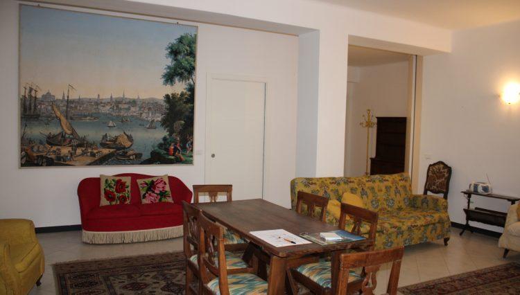 Appartamento Zona Porto - Salone 5