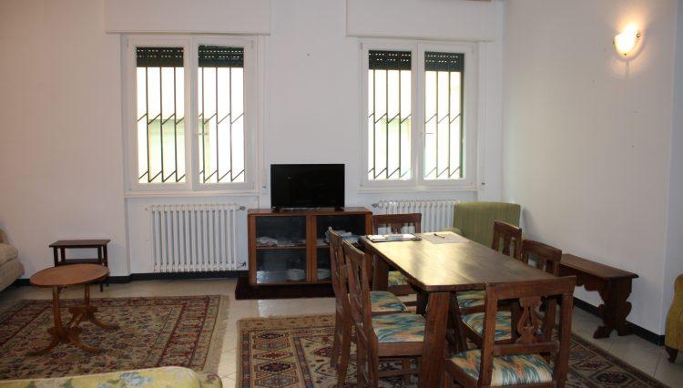 Appartamento Zona Porto - Salone 8