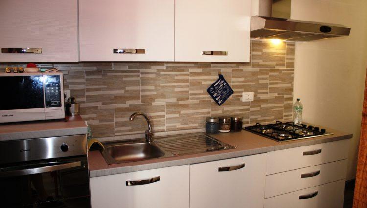 Affitto Appartamento Stagionale Centrale - Cucina 1